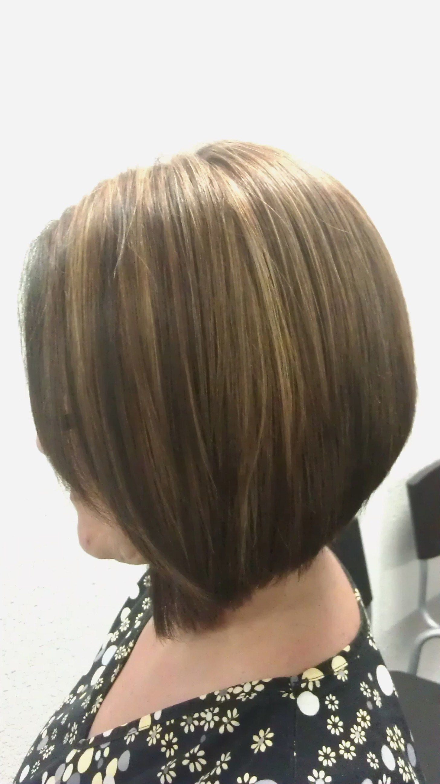 Triangular Graduated Haircut With Highlow Lights Makeup And Hair
