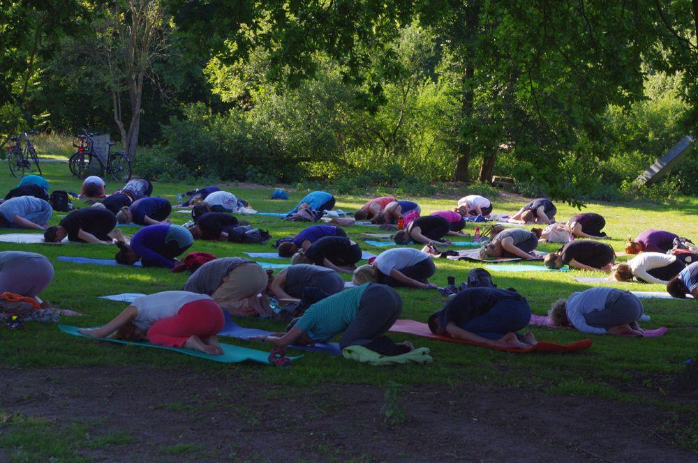 Pin Auf Yoga Sommer Munster