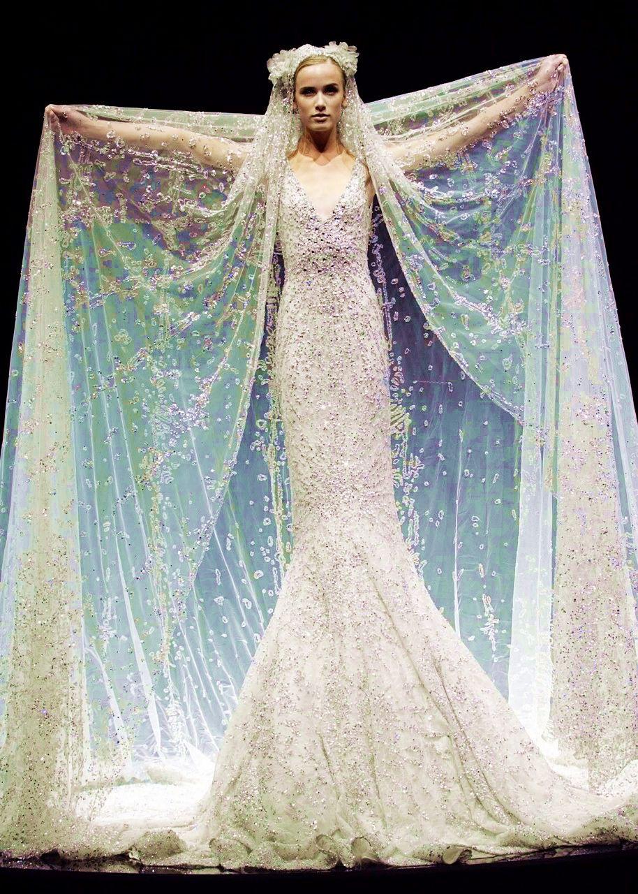 Ice Queen dress! | Future Wedding Ideas | Pinterest | Queen dress ...
