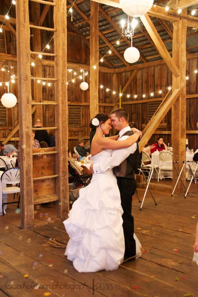 Wedding photography Gettysburg PA country barn wedding # ...