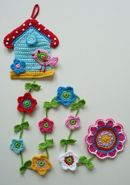 móbile casa de passarinho em crochet