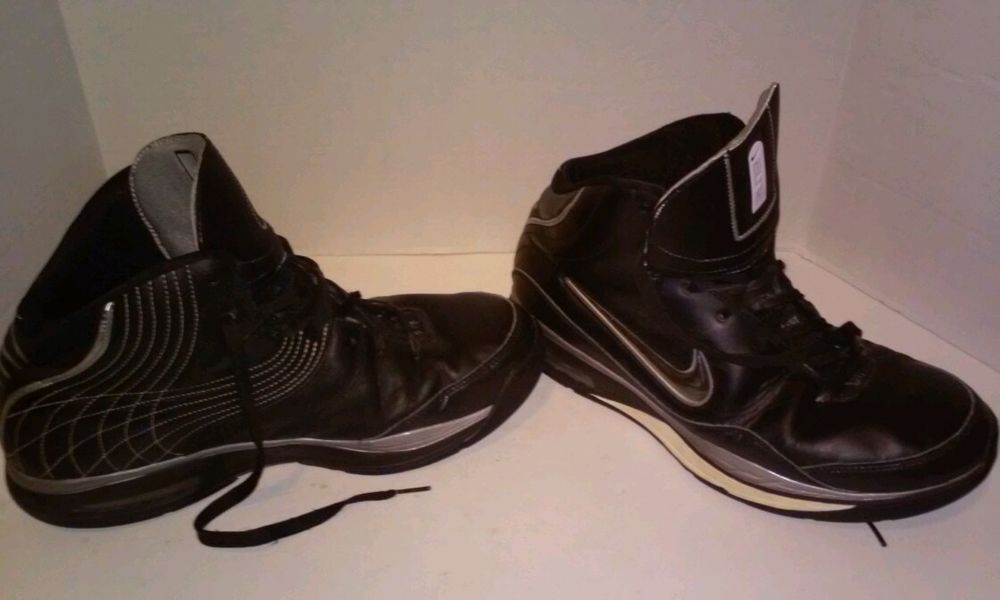 Nike Synthetic Basketball Wide (E,W) Men's Athletic Shoes