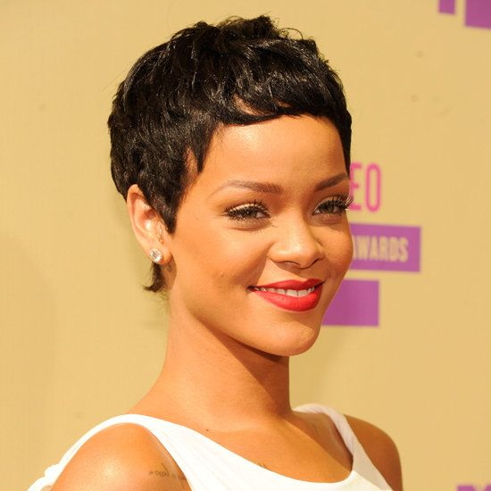 Rihanna Debuts New Cropped Pixie Haircut At The 2012 Mtv Vma S