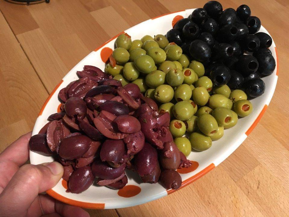 Keto Olives On A Tray Keto Snacks Good Keto Snacks Food