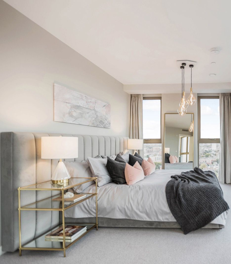 Cheap 4 Bedroom Apartments: Bedroom At Penthouse In London. In 2019