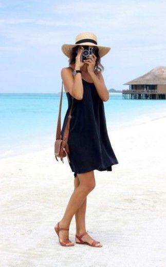 20 Trendy Summer Beach Outfits Ideas - VivieHome