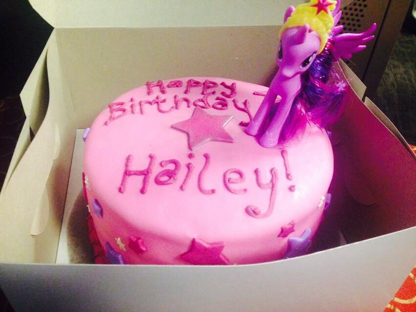 My little pony cake twilight sparkle cake Party Pinterest
