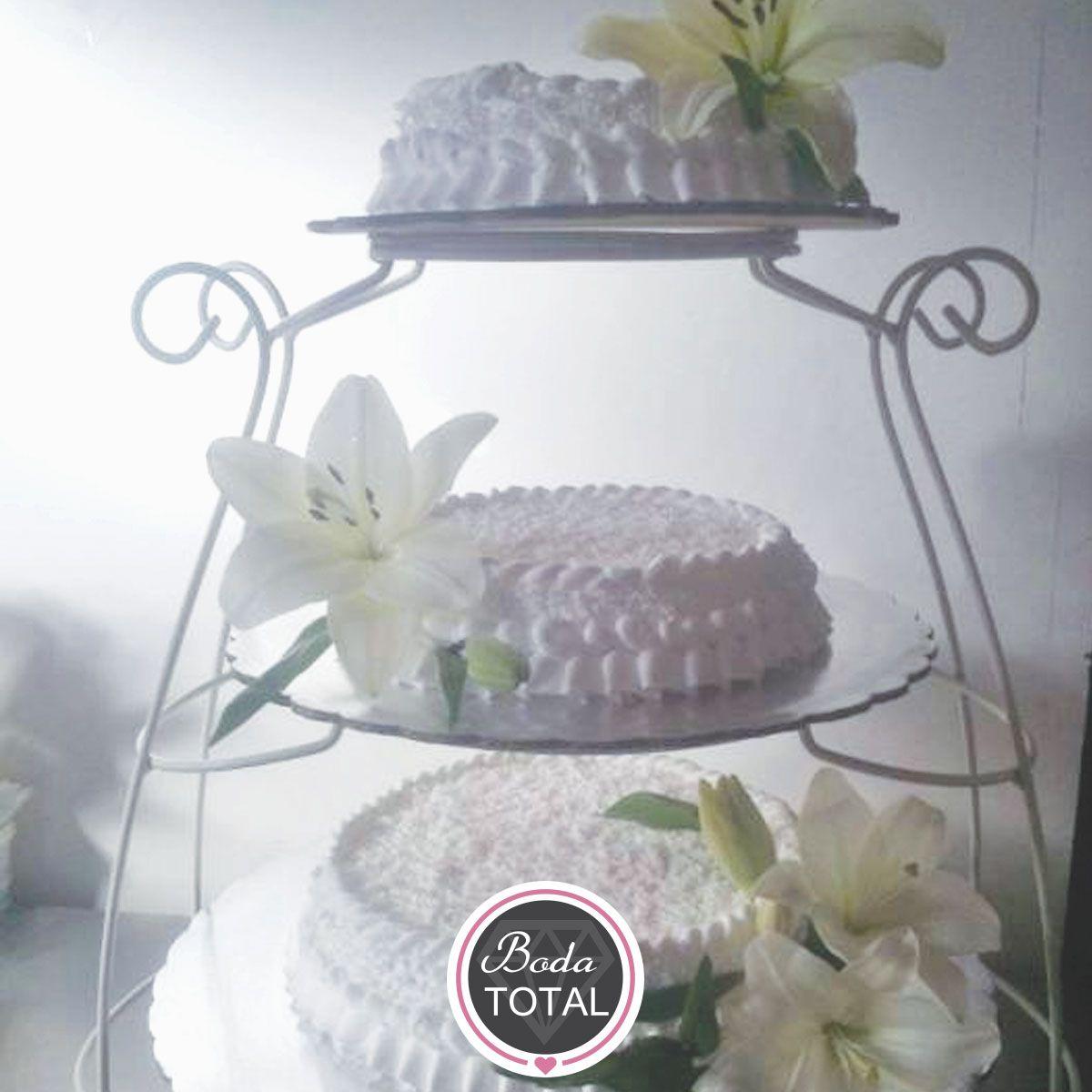Para las novias tradicionalistas, les recomendamos utilizar pasteles ...