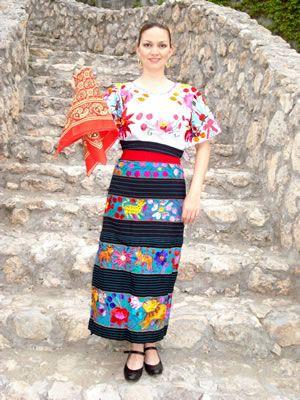 Guerrero Acateca Mexicana En 2019 Vestidos Mexicanos