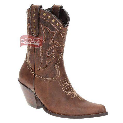 59a087326f Bota Texana Feminina Castanho Bico Fino c  Rebites no Cano - West Country
