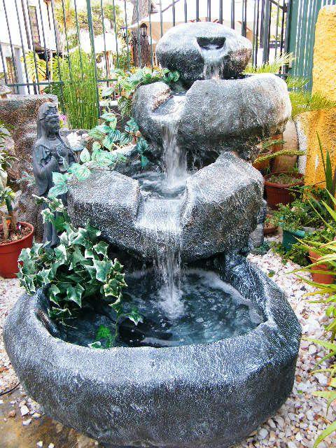 Cascada tipo piedra con enredaderas naturales www for Cascadas artificiales de piedra