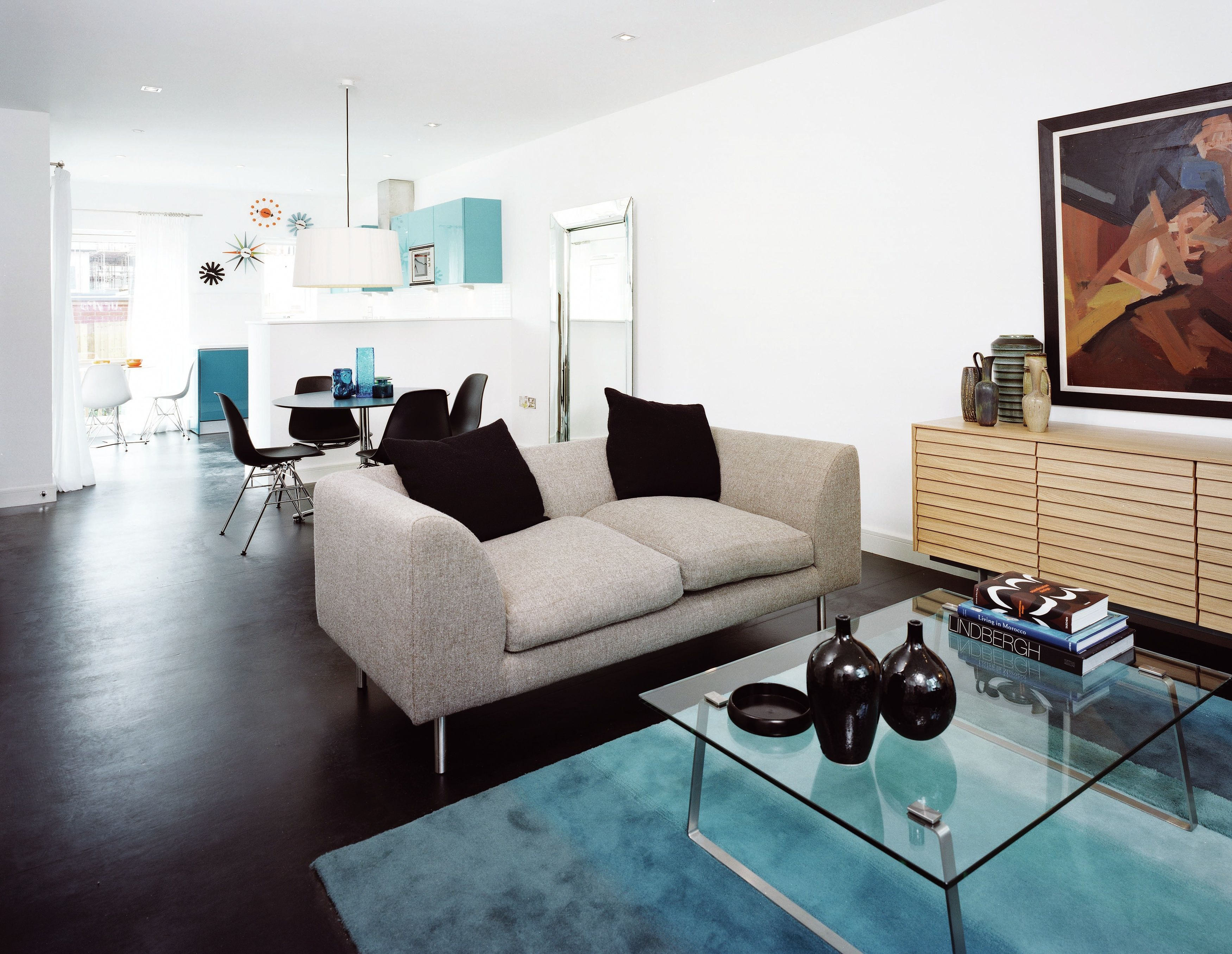 An Attractive Contemporary Open Space At Didsbury Point With A
