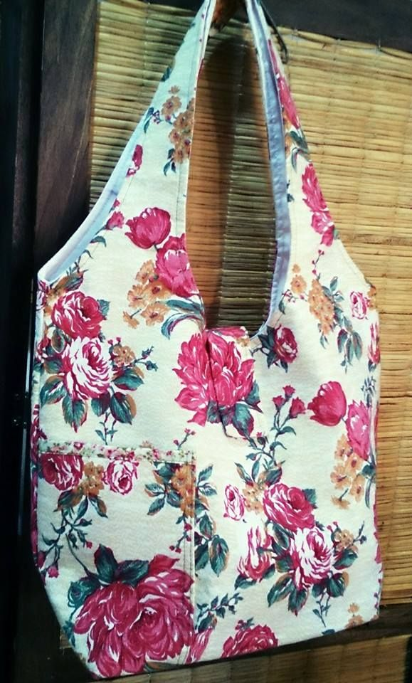 MC.: bolso de tela con bolsillo interno y externo