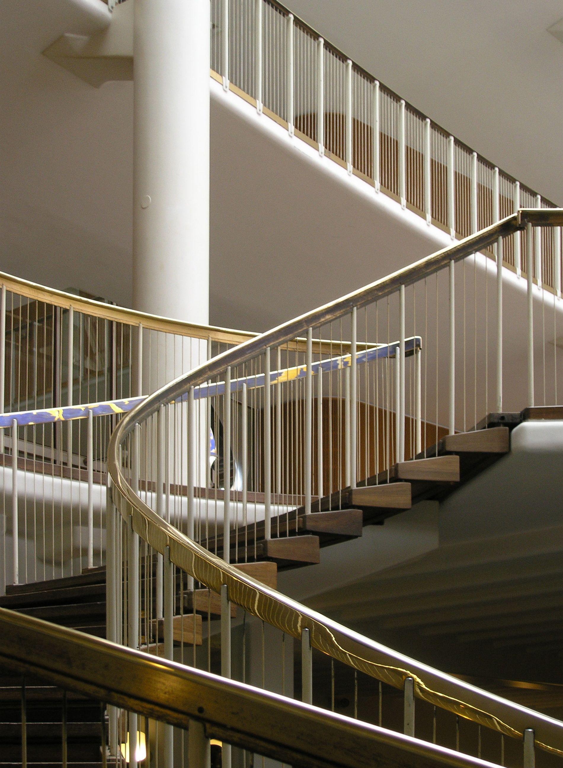 Best Arne Jacobsen Aarhus Town Hall Google Zoeken Escaleras 400 x 300