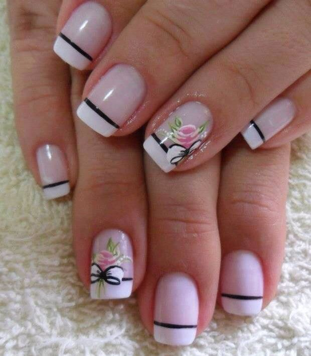 French tip nail design with flowers | Manicura de uñas ...