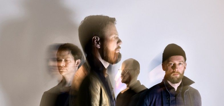 """Kashmir im Januar 2014 auf Tour in Deutschland - Die dänischen Alternative Rocker von Kashmir, kommen auf eine weitere Konzertrunde nach Deutschland. Bereits bei den Auftritten im April, bei denen Kashmir ihr neues Album """"E.a.R."""" präsentierten, überzeugte die populärste Band unseres nördlichen Nachbarn. Überhaupt ist das Quartett ein häufiger und jedes Mal gern"""