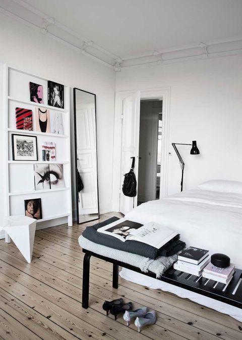 Black And White Minimalist Bedroom Minimalist Bedroom Design