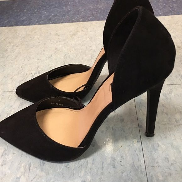Forever21 Pointed Toe Classic Black