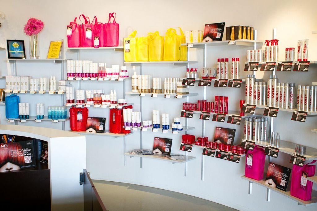 Lavish Salon In Riverside Ca Hair Salons Decor Home