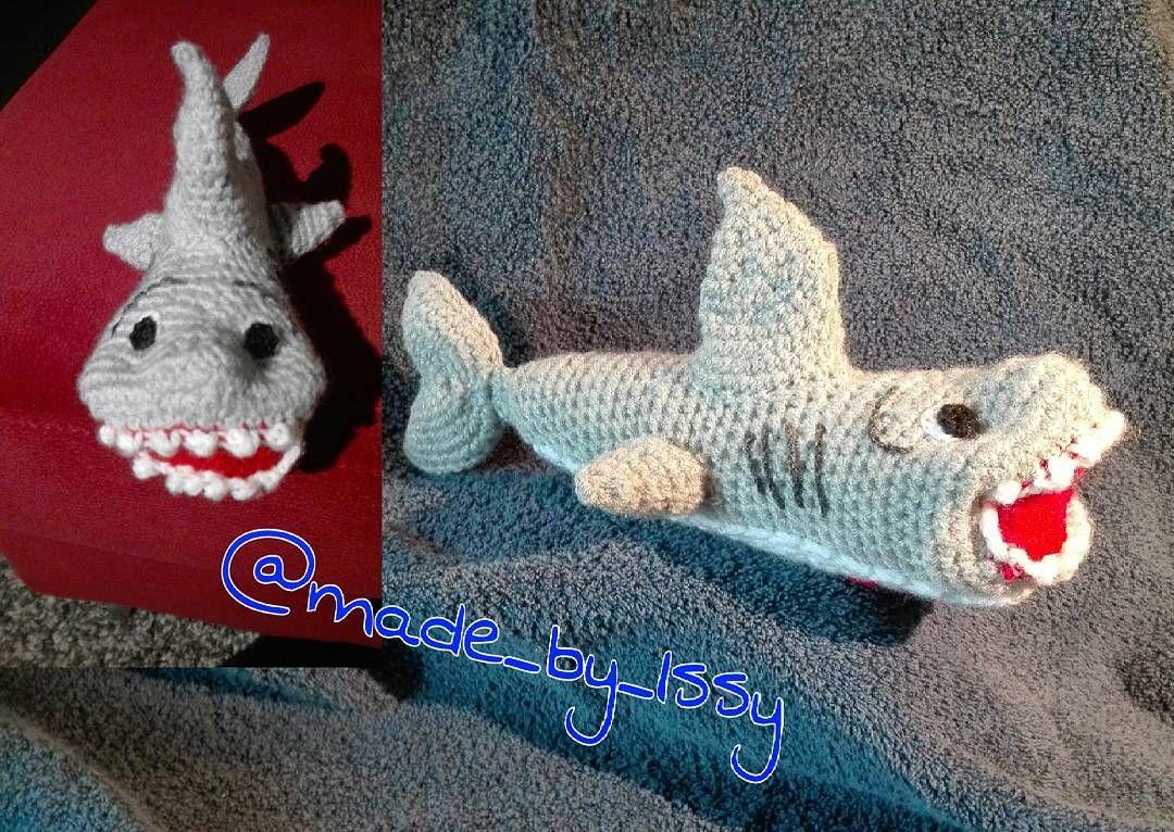 Ein netter Hai ist auch losgeschwommen  #amigurumi #madebyissy #shark #handmade #crochet #handcrafted #häkeln #cute #crochetart #mywork by made_by_issy