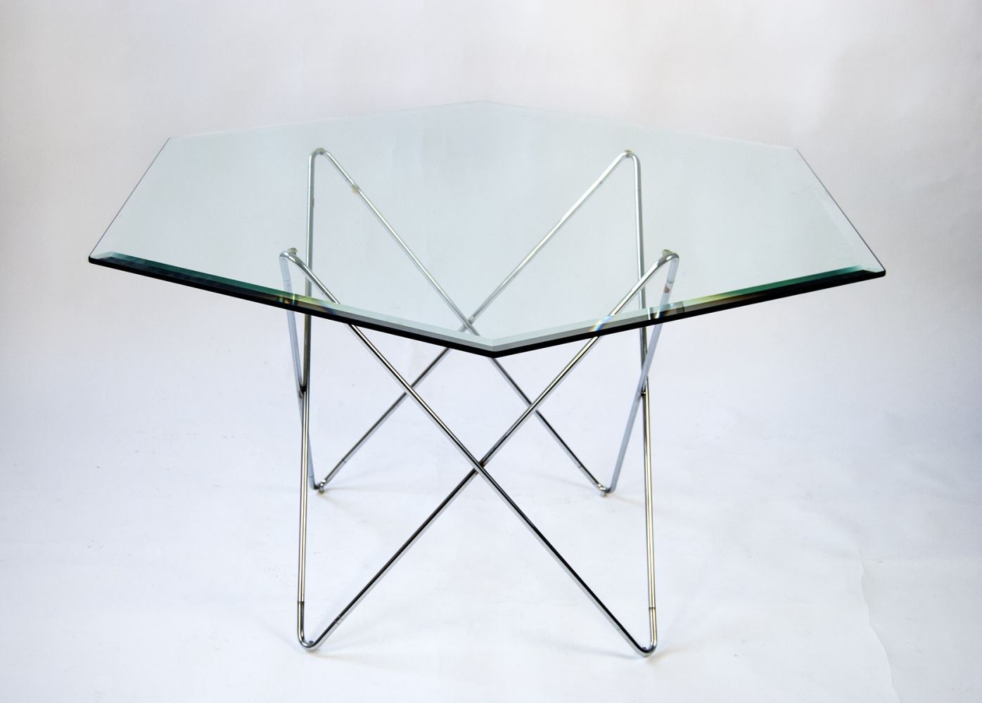 - 1970s Hexagon Dining Table With Crystal Glass Table Top 1970s