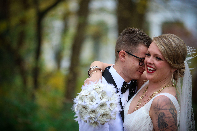 Jessica And Josh A Cincinnati Ohio Wedding Autumn Wedding In 2020 Cincinnati Wedding Photographers Cincinnati Weddings Ohio Wedding