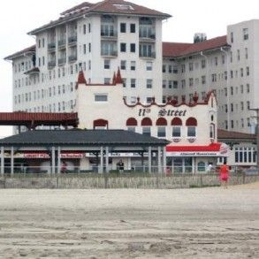 The Flanders Hotel Ocean City New Jersey Hauntedrooms Com Ocean City Ocean City Nj New Jersey Beaches