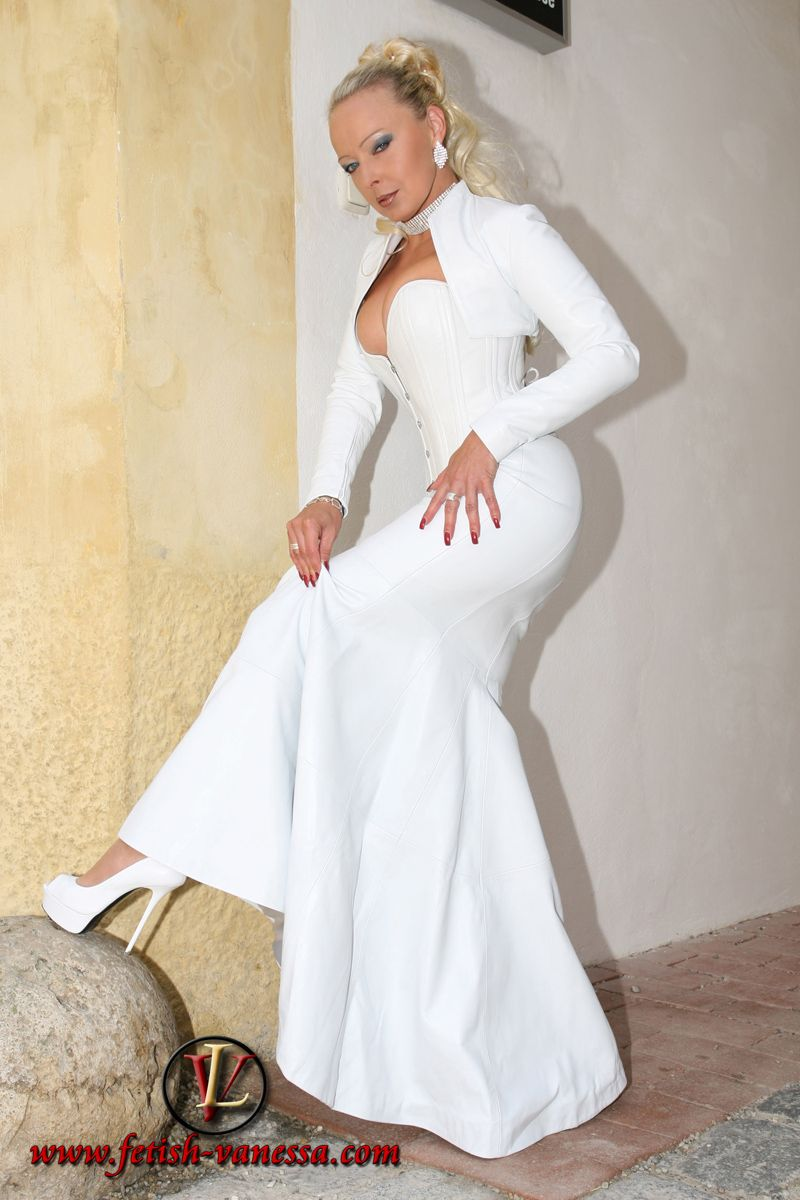 Malemaids Favorits Photo Leather Dresses White Leather Dress Leather Dress [ 1200 x 800 Pixel ]