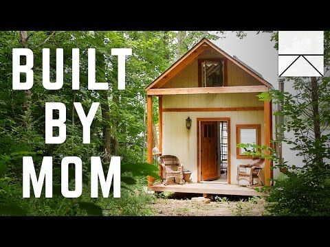 After Her Divorce, Single Mom Decides To Build A House From ...