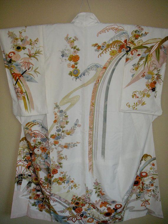 ART Japanese Vintage Silk Kimono, Tsunami Blossoms Off-White Kimono,Gold Embellished Blossom Vintage Japanese Kimono,Homongi Style Kimono