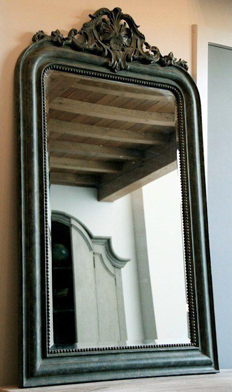 Un grand miroir pour le dressing (repeindre encadrement en blanc - Repeindre Un Meuble En Chene