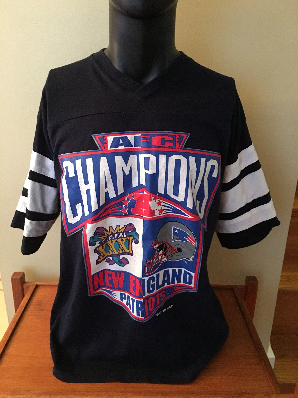 62e62ee2b Vintage New England Patriots T-Shirt