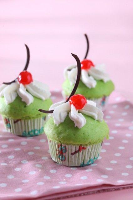 CUP CAKE KUKUS PANDAN MuffinCupcakeBolkusKue Mangkok