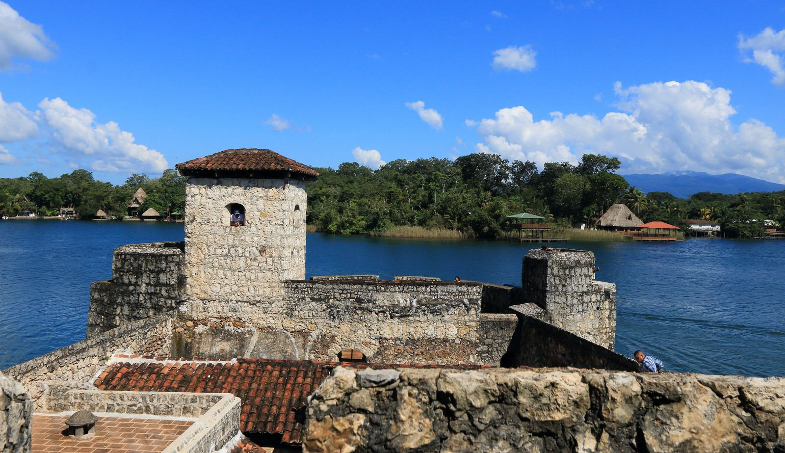 Castillo De San Felipe De Lara Rio Dulce Guatemala Guatemala
