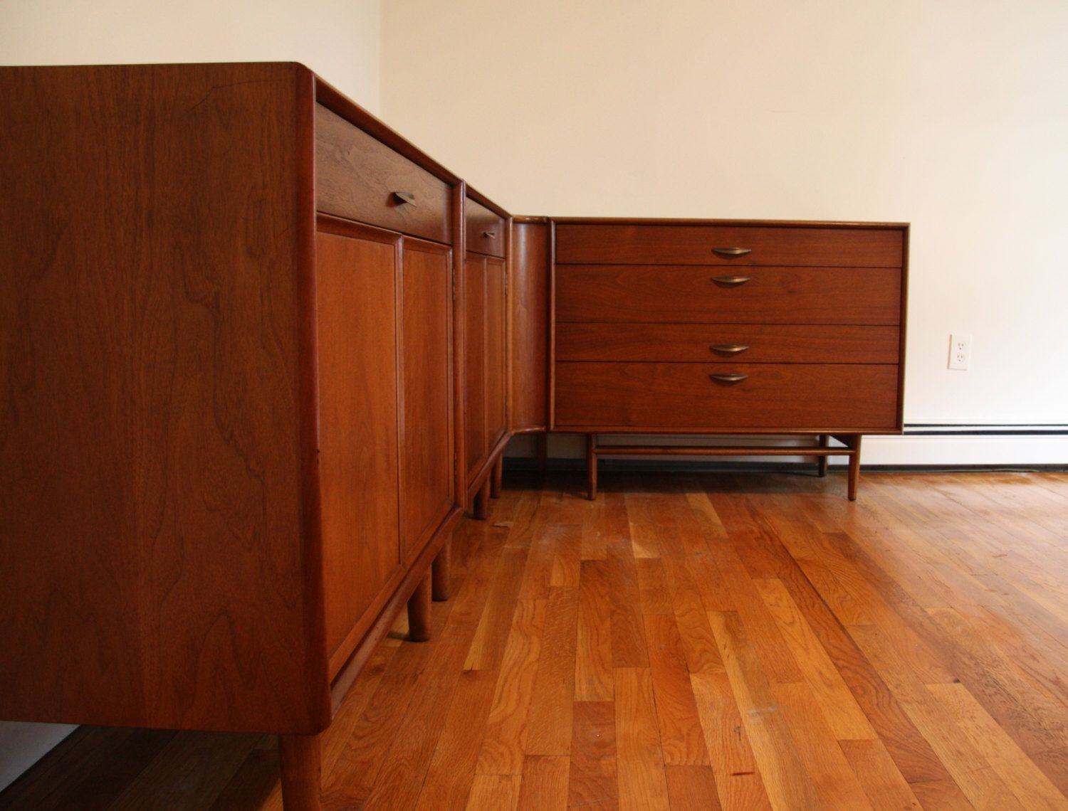 Superior Drexel Parallel Series Bedroom Dresser Chest Set By Barney Flagg By  WrightFindsinMCM On Etsy