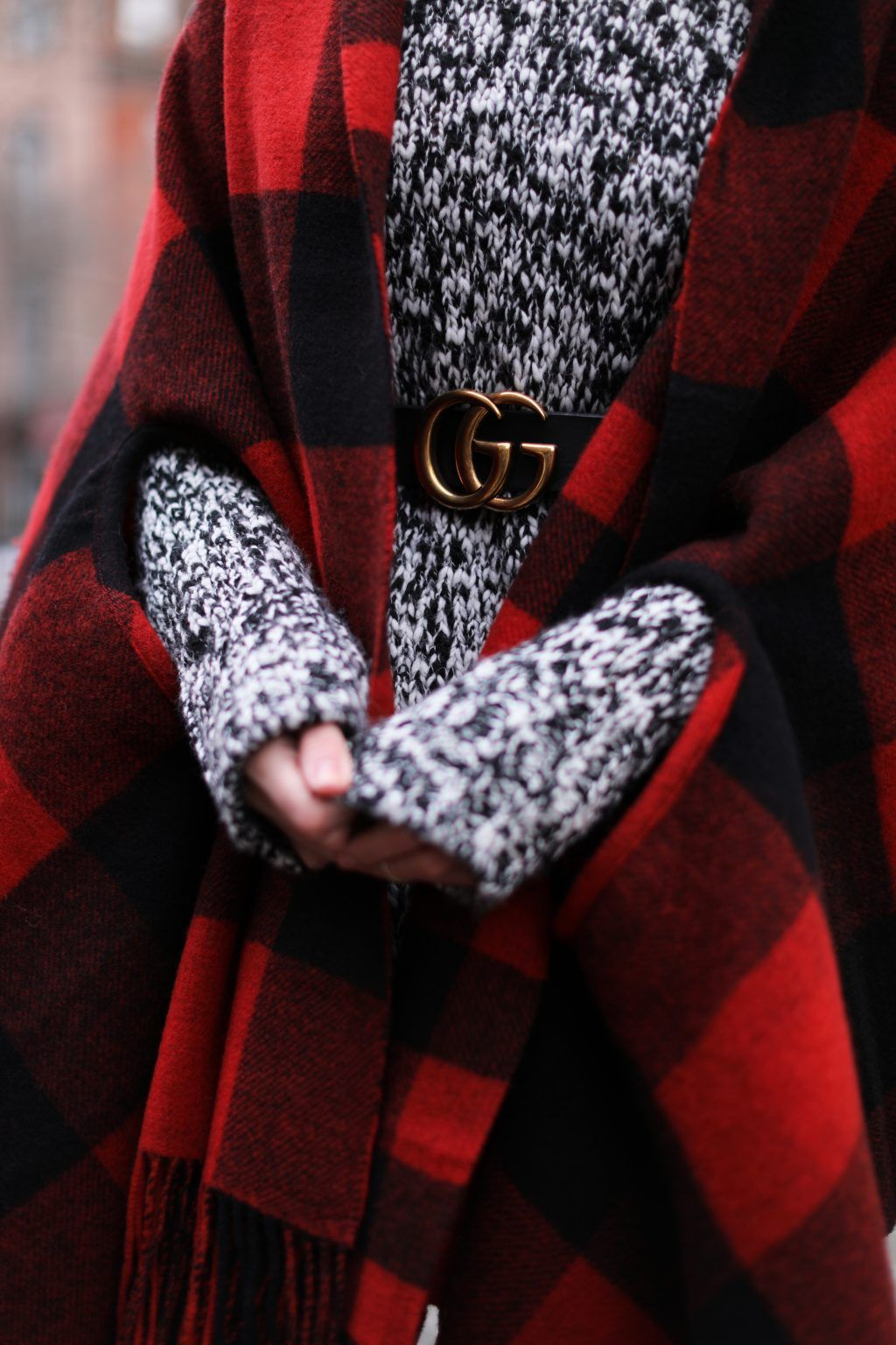 Holiday details, capes, plaid, gucci, belt, chunky sweater