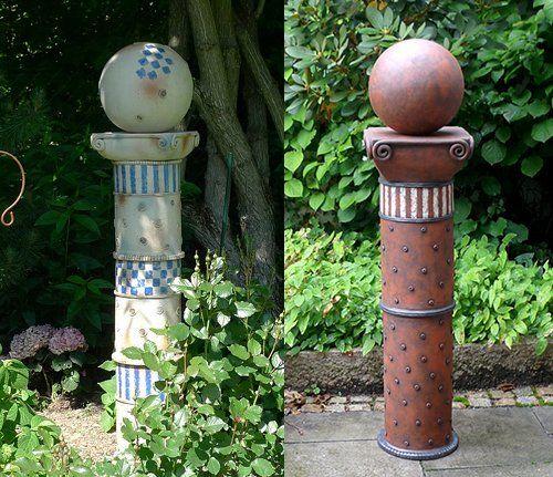 Gartensäulen in grau/blau und rot | Keramik Kunst Blog