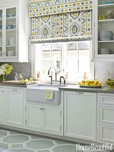 Delicieux White Kitchen With Yellow Accents. Fabulous Roman Shade In Kitchen Designed  By Lindsey Coral Harper. Photo By House Beautiful.