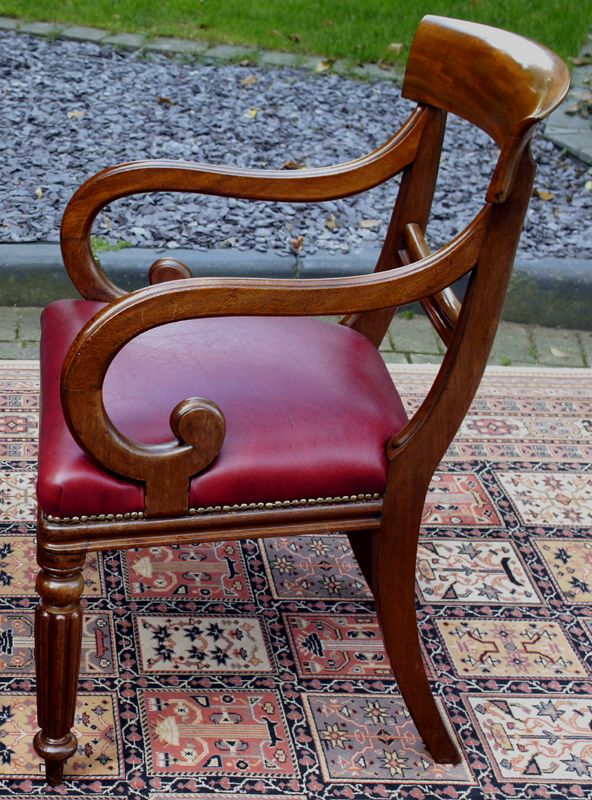 pair of antique mahogany desk chairs sn721 antique chairs