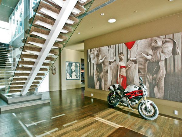 Once Owned by Lenny Kravitz, This SoHo Triplex Has It All
