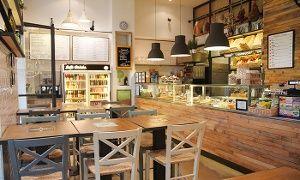Groupon - Aperitivo con selezione di prodotti tipici, dolce e vino a Roma. Prezzo Groupon: €14,90 #magariungiorno