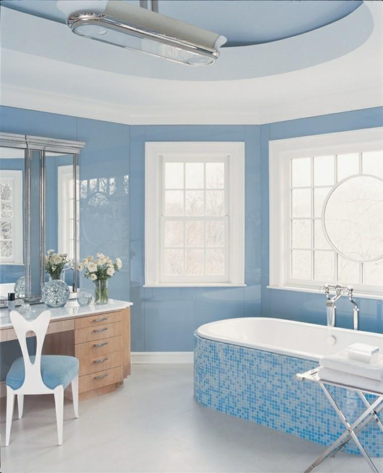 Blau und Weiß \u2013 trendige Farben für Interieurs Interior Design