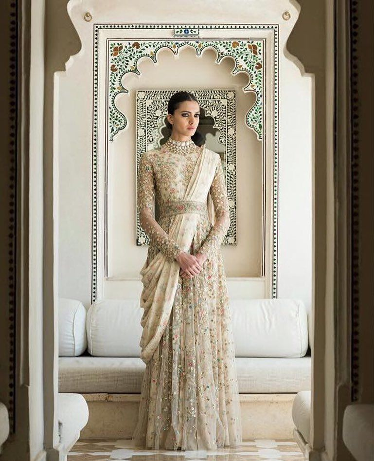 Indian Style Wedding Gown: 15 Irresistible Indian Wedding Dress Ideas For Bride's