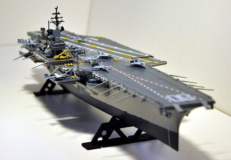 USS Saratoga (1:542 Revell)