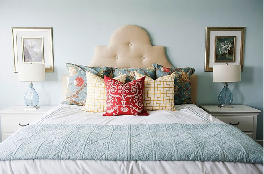 Light blue bedroom home decor i love pinterest for Pale blue bedroom accessories