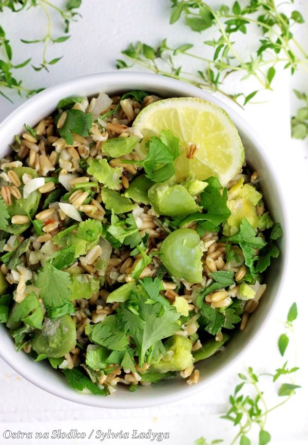 Tabbouleh Z Bobem I Orzeszkami Pinii Kuchnia Libanska Salatki