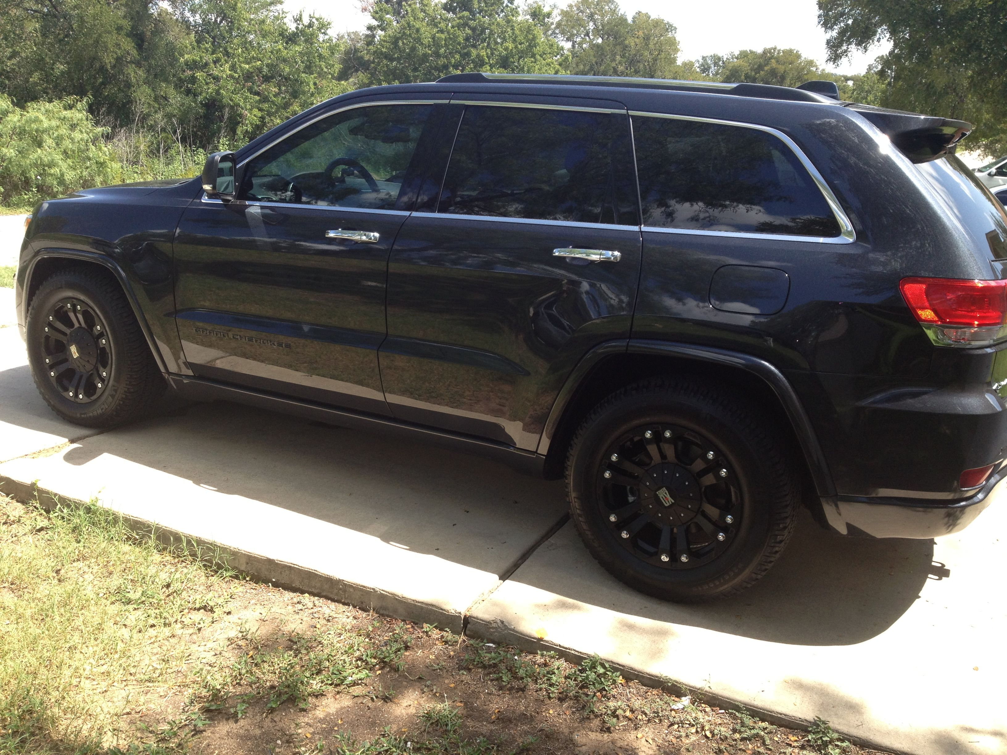 265 60r18 Michelin Ltx A T2 On 18x9 Kmc Monster Xd 2014 Jeep 2013 Grand Cherokee Overland Summit