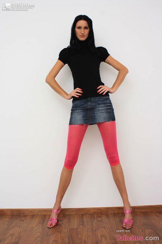 "Iwona Syhre - 6'5"" / 1.96 m   Tall girl   Pinterest"