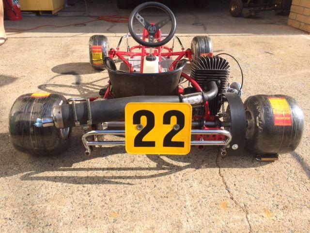 rc 100 s kart rear view vintage sprint race karts and. Black Bedroom Furniture Sets. Home Design Ideas