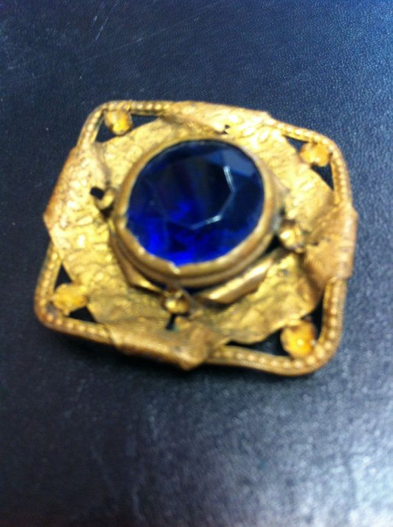 Art Deco vintage pendant with blue stone by yorkshiretreasure